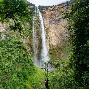 Cascade au Perou