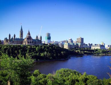 Ville d'Ottawa et rivière Outaouais, Canada