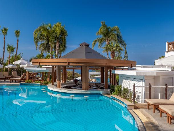 Hôtel Mediterranean Beach 4*